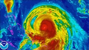 Joaquin zmierza na Bahamy. Burza tropikalna przybiera na sile