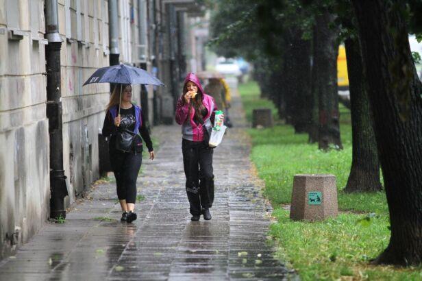 Prognoza na niedzielę: Będzie padać. Maciej Wężyk /tvnwarszawa.pl