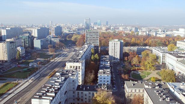 Jest plan powiększenia Warszawy o okoliczne gminy Shutterstock