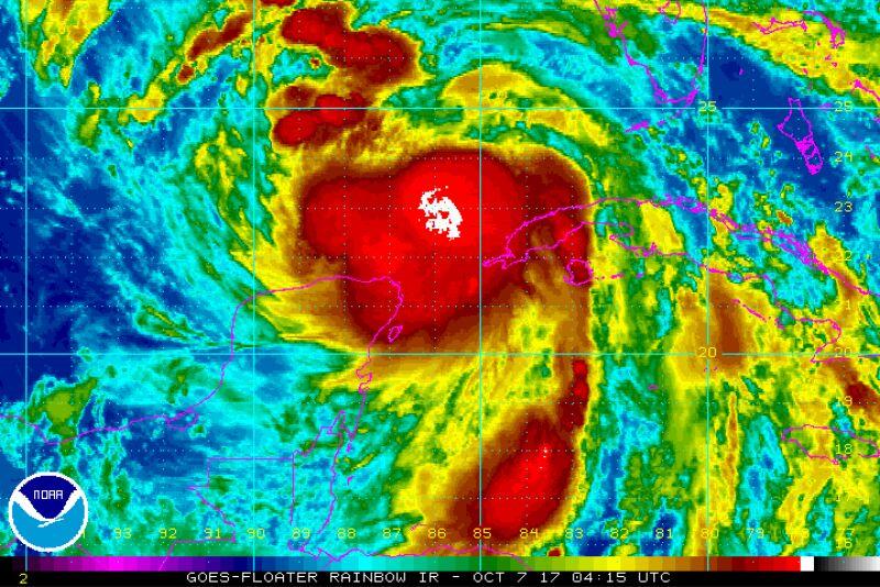 Aktualna pozycja huraganu Nate (NHC/NOAA)